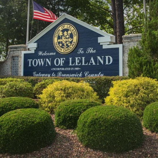 Leland_welcome sign